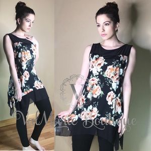 Stunning floral Tunic Blouse top